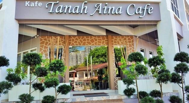 cafe entrance pic